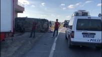 Sakarya'da Otomobil Takla Attı Açıklaması 3 Yaralı