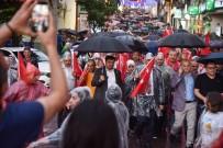 Yağmuru Aldırmadan, 15 Temmuz Şehitleri İçin Yürüdüler