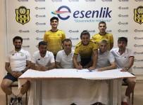 Yeni Malatyaspor, Erşan Yasa Ve Mehmet Süha Yiğit'i Profesyonel Yaptı
