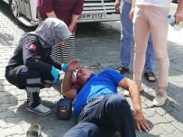 MOTOSİKLET SÜRÜCÜSÜ - Aynı Yerde 10 Dakika Arayla İki Kaza; 2 Yaralı