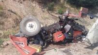 Kula'da Traktör Devrildi Açıklaması 1'İ Ağır 2 Yaralı