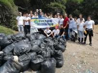 KEMAL ÖZTÜRK - Mültecilerden Kalan Çöpleri Temizliyorlar