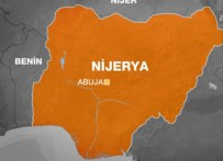 Nijerya'da Bina Çöktü Açıklaması 12 Ölü