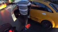 (Özel) Şişli'de Minibüs Şoförü Taksiciyi Darp Etti