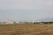 14. uçak da Mürted Hava Üssü'ne indi