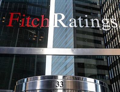 Fitch 14 bankanın notunu düşürdü