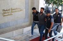 CİNAYET ZANLISI - 23 Yaşındaki Genci Bıçakla Öldüren Zanlı Tutuklandı