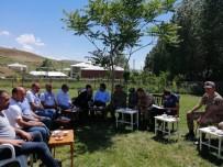 PİYADE ALBAY - Kaymakam Dundar Ve Başkan Ensari'den Mahalle Ziyareti