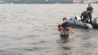 Arkadaşları İle Girdiği Denizde Kaybolan Çocuğun Cansız Bedenine Ulaşıldı