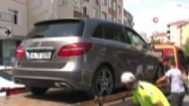 MOTOSİKLET SÜRÜCÜSÜ - Kartal'da Motosikletin Otomobile Hızla Çarptığı Anlar Kamerada