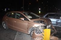 Kırmızı Işık İhlali Kazaya Neden Oldu Açıklaması1 Yaralı