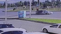 MOTOSİKLET SÜRÜCÜSÜ - Sivas'ta Trafik Kazası Açıklaması 2 Yaralı