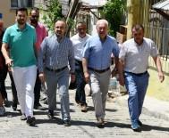GRUP BAŞKANVEKİLİ - Turan, Lapseki'de Teşkilat İle Birlikte Halk Pazarını Gezdi