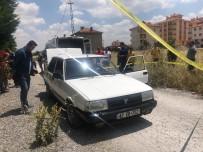 27 Yaşındaki Genç Otomobili İçinde Ölü Bulundu