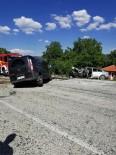JANDARMA - Denizli'de Araçlar Kafa Kafaya Çarpıştı Açıklaması  5 Yaralı