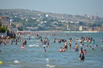 JANDARMA - Tekirdağ Plajlarında Adım Atılacak Yer Kalmadı
