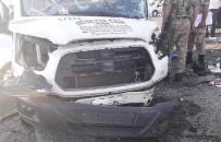 Bingöl'de Minibüs İle Otomobil Çarpıştı Açıklaması 1 Ölü, 13 Yaralı