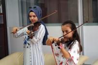 ÖĞRENCİLER - Nevşehir Belediyesi, Geleceğin Sanatçılarını Yetiştiriyor