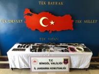 Öldürülen 8 Teröristten 3 M-16, 5 Kaleşnikof Ve Çok Sayıda Mühimmat Ele Geçirildi
