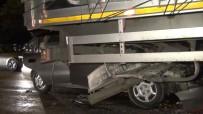 YEŞILDAĞ - Otomobil Tıra Ok Gibi Saplandı Açıklaması 1'İ Ağır 3 Yaralı