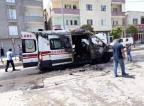 SAĞLIK PERSONELİ - Silopi'de Seyir Halindeki Ambulans Alev Aldı