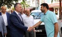 Başkan Büyükakın, Çayırova Esnafını Ziyaret Etti