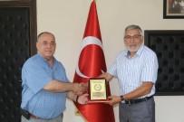 Türk Hava Kurumundan Kadir Bozkurt'a Teşekkür Plaketi