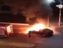 AŞIK VEYSEL - İzmir'de art arda iki araç yangını