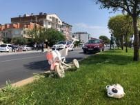 Anne Ve İkiz Çocukları Kazada Yaralandı
