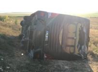 Eskişehir'de Otobüs Kazası Açıklaması 13 Yaralı