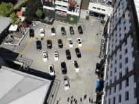 LÜKS OTOMOBİL - İnterpol Tarafından 'Çalıntı' Kaydı İle Araması Bulunan Lüks Otomobilleri Yurda Sokan Şebekeye Operasyon