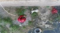 Kanalda Mahsur Kalan Köpeği İtfaiye Kurtardı