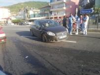Kocaeli'de Trafik Kazası Açıklaması 3 Yaralı