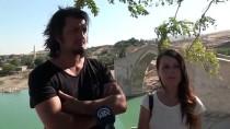 GÜNEYDOĞU ANADOLU BÖLGESİ - Hayatı Ve Motosikleti Paylaşıp Türkiye Turuna Çıktılar