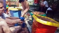 Yabancı Uyruklu Gençler Parkı Güzelleştiriyor