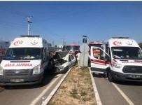 AMBULANS HELİKOPTER - Ambulans İle Otomobil Çarpıştı, Hava Ambulansı Yola İndi