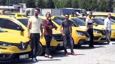 Taksicilerden 'Öncelik Yayanın Uygulaması'na Destek