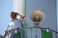 Telefonla Konuşabilmek İçin Cami Minaresine Çıkıyorlar