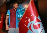 WERDER BREMEN - Trabzonspor, Ahmet Canbaz İle 3 Yıllık Sözleşme İmzaladı