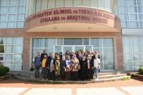 Çiftçi Kadınlar Doku Kültürü Laboratuvarını Ziyaret Etti