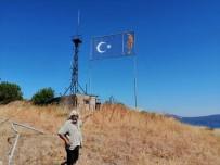 Erdek'teki Dev Bayrak Alanı Pislik Ve Karanlık İçinde