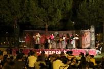 Akhisar'da Açık Hava Konserleri Büyük İlgi Görüyor