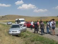 ZİNCİRLEME KAZA - Sandıklı'da Zincirleme Kaza Açıklaması 2 Yaralı