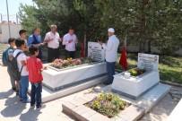 TÜRKLER - Şehit Bedirhan Bebek Mezarı Başında Anıldı
