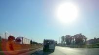 Bagaj Kapısı Açık Araçta Tehlikeli Yolculuk