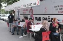 Diyarbakırlılar Kan Vermek İçin Kuyruğa Girdi
