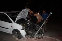 'Dur' İhtarına Uymayan Sürücü, Polisten Kaçarken Kaza Yaptı