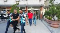 TRAFİK POLİSİ - İstanbul'da Lüks Otomobille Terör Estiren Maganda Şarkıcı Çıktı