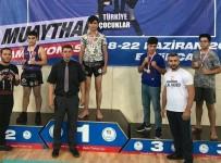 Sivaslı Sporcular Erzincan'dan Madalyayla Döndü