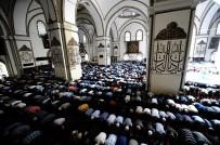 YARATıLıŞ - Camilerde 'Neslin Korunması' Konulu Hutbe Okundu